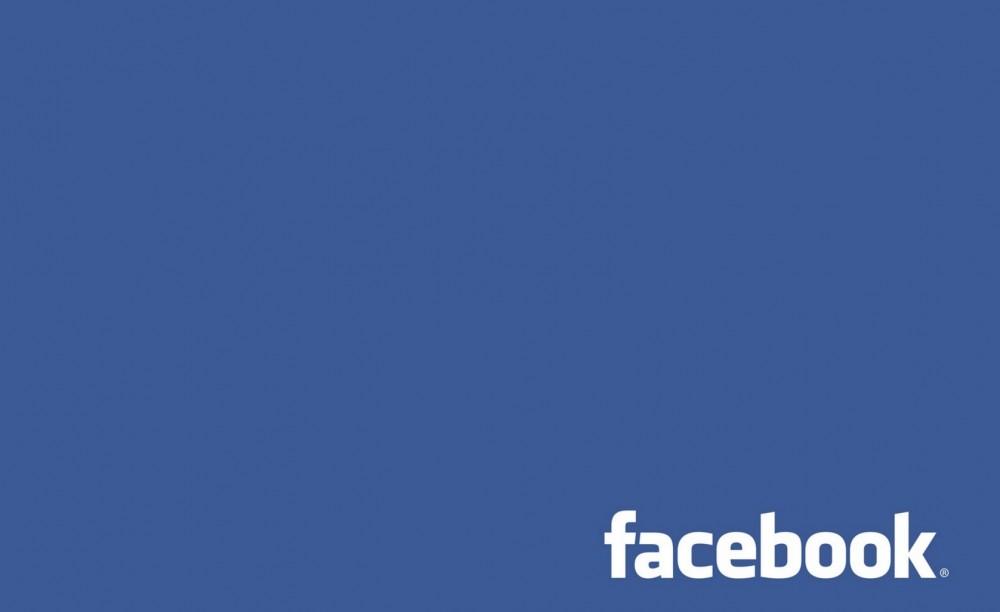 Facebookの投稿に後から写真を追加&削除する方法は?